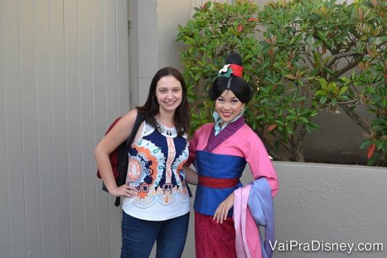 Mulan linda que encontrei no Character Palooza!