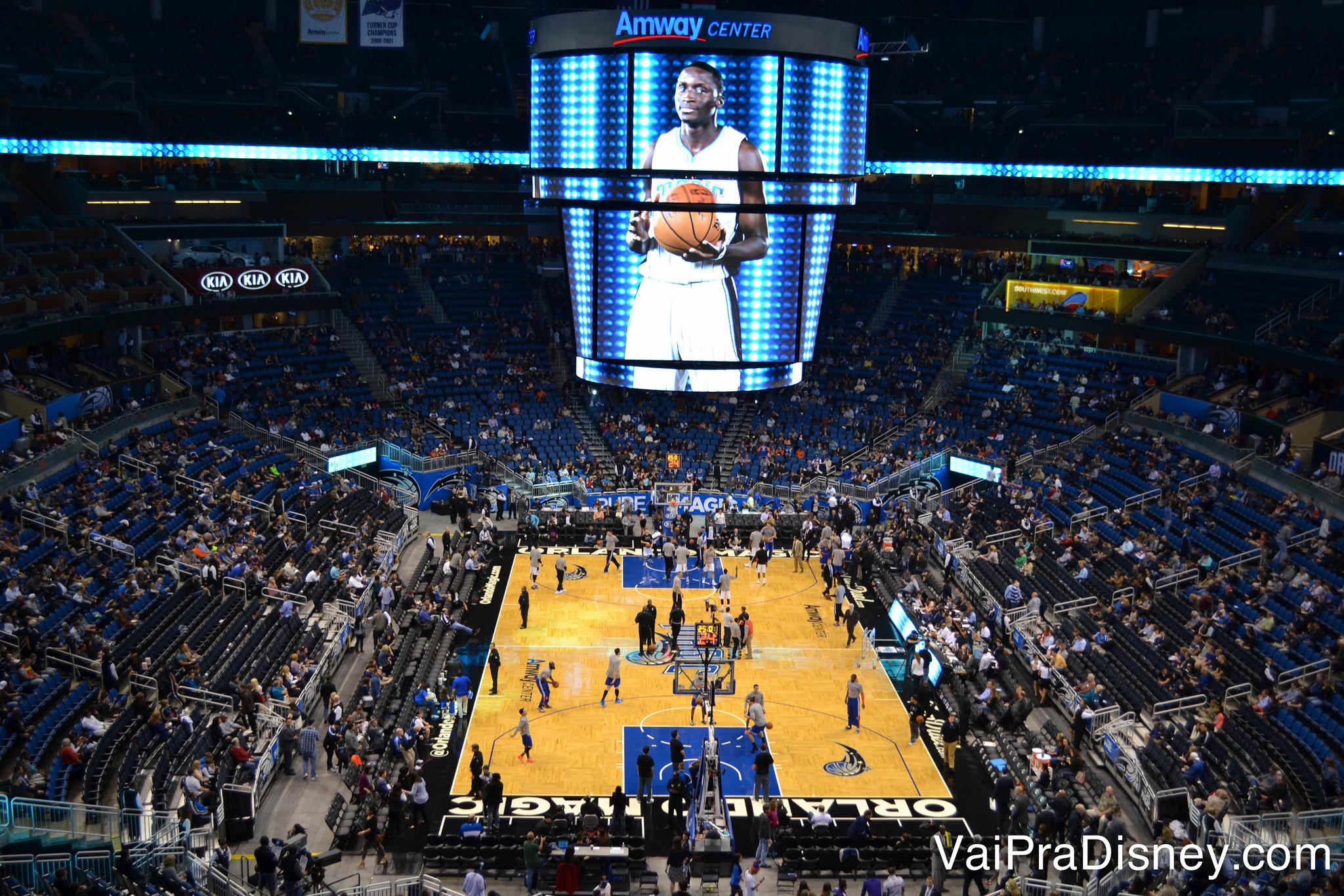 Adoro assistir jogos da NBA. Sempre que tem jogo quando estou em Orlando, é uma programação que vai direto para o meu roteiro!