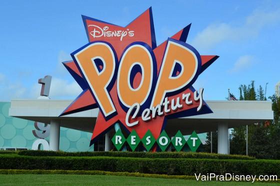 O Pop Century fica ali do lado sim, mas não vejo vantagem em ir andando até lá, mesmo se você tiver no quarto da Ariel.