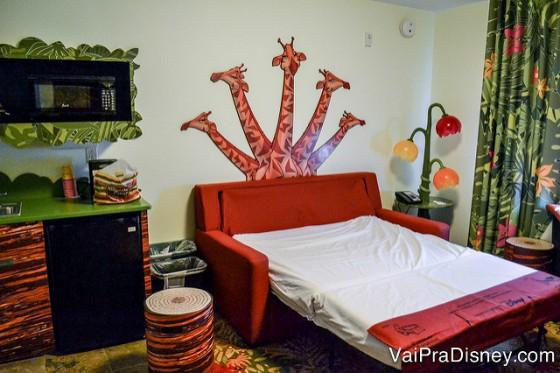 Sofá cama do Art of Animation. É bom, mas não é igual uma cama mesmo, né?