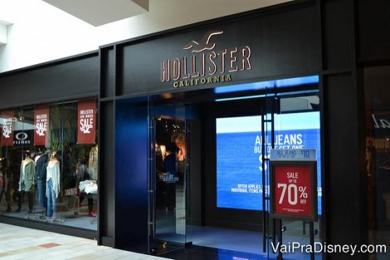 Hollister, Abercrombie, Forever XXI e outras lojas populares também estão nesse shopping.