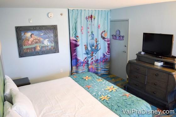 É importante saber as diferenças e peculiaridades de cada hotel na hora de fazer sua escolha! O quarto da Ariel por exemplo, é o único quarto padrão dentro do Art of Animation.