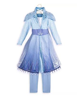 Nova fantasia da Elsa de Frozen 2 já está à venda no complexo. Foto da fantasia de Elsa em Frozen 2 que está à venda nas lojas do complexo.