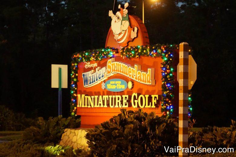 Outro local que pode ser visitado com o Hopper Plus é um dos campos de mini golf da Disney!