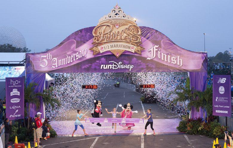 As maratonas da Disney mudam um pouco a rotina dos parques mas não chegam a atrapalhar seu dia.