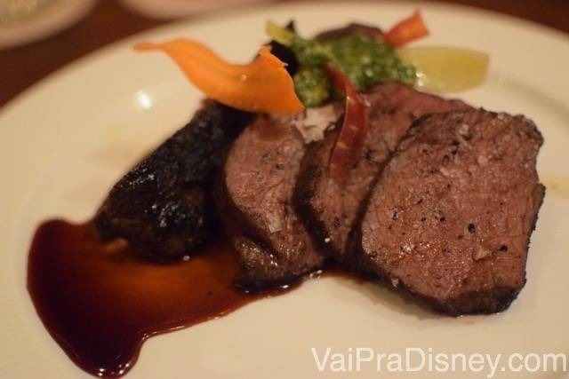 TIFFINS-ANIMAL-KINGDOM-31