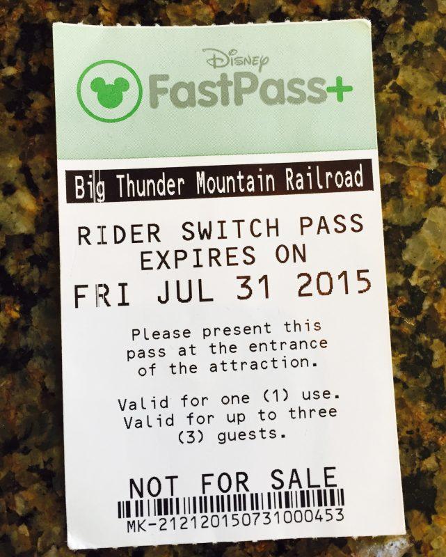 Rider Switch, é o Fastpass exclusivo para quem não pode ir com as crianças no brinquedo