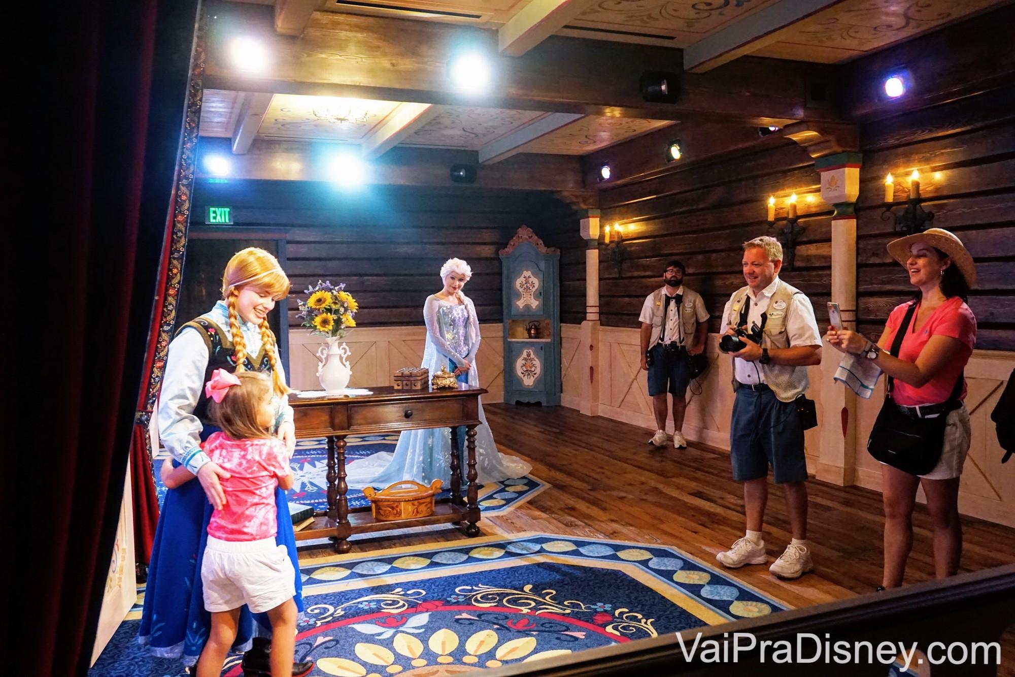 A Elsa e a Anna encontram os visitantes apenas no Epcot