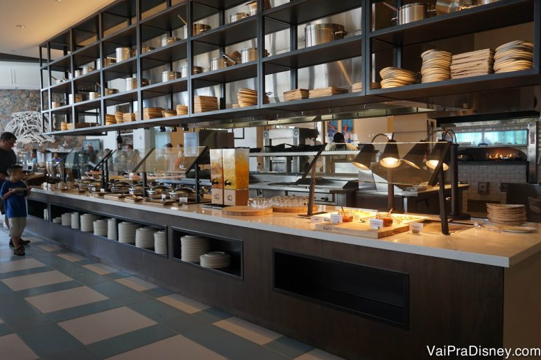 O buffet de café da manhã do Amatista Cookhouse