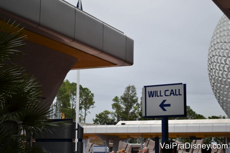 É só procurar por essa placa! A janela de Will Call é o melhor lugar para trocar seus ingressos.