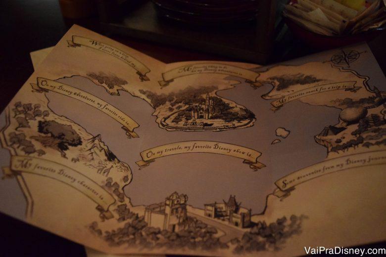 Foto do folheto do diário de viagem chamado Bon Voyage Adventure Journey para as crianças completarem