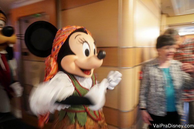 Foto da Minnie pronta pra festa pirata