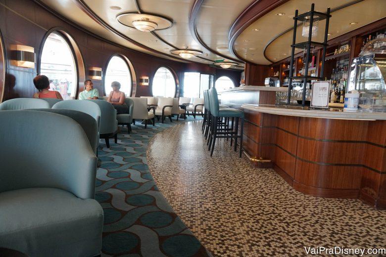 Foto do Cove Cafe, área voltada apenas para adultos no Disney Dream