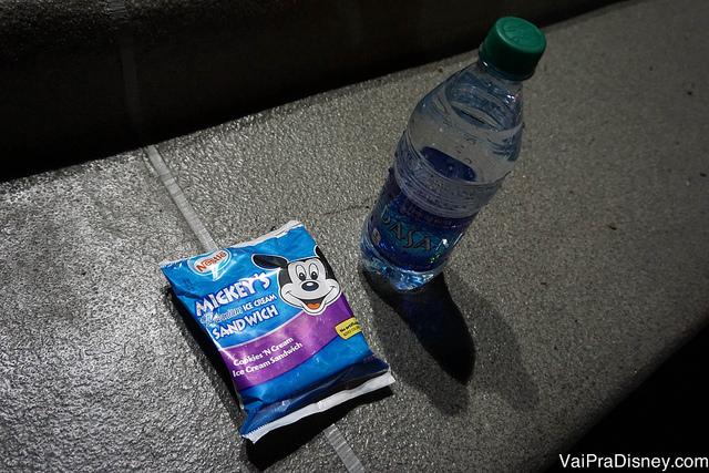 Sorvete do Mickey e água a vontade no After Hours do Magic Kingdom