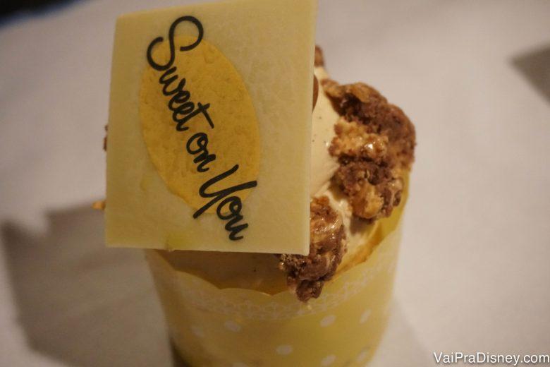 O cupcake que o Felipe trouxe pra mim.