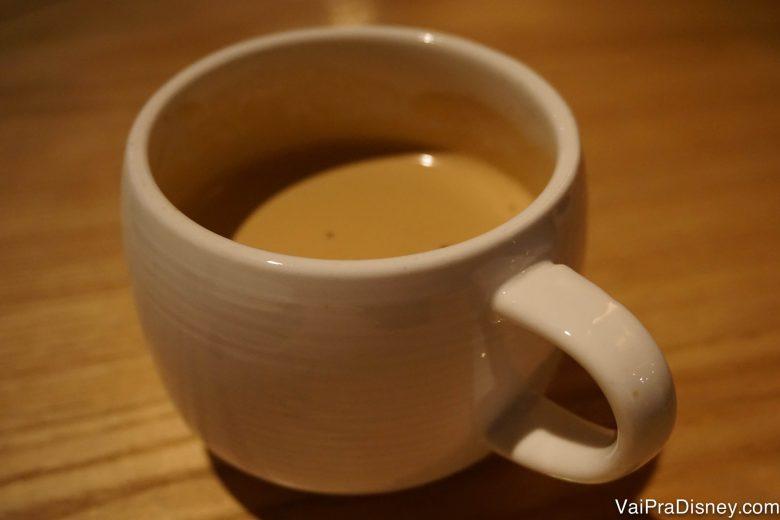 Foto da xícara do café Vietnamita, segundo a Bia, o melhor que ela já tomou