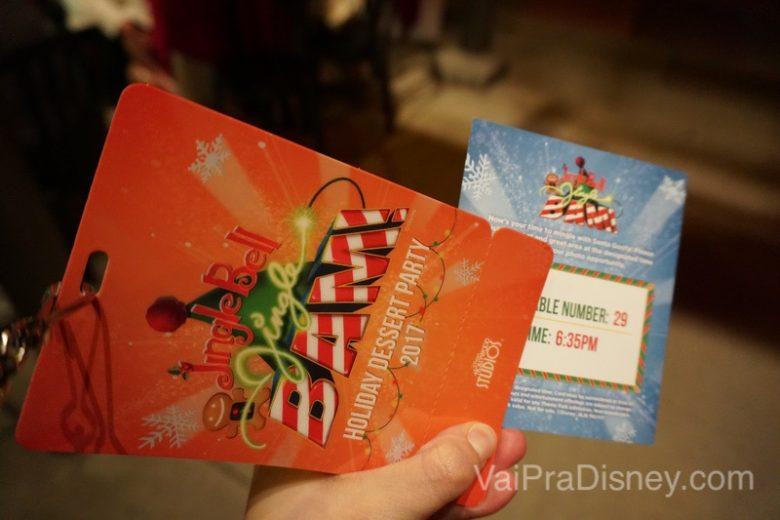 Foto da credencial, horário de foto e número da mesa na Jingle Bell, Jingle BAM! Holiday Dessert Party