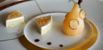 Foto de uma das sobremesas especiais do Remy Pompidou Dessert Experience, uma degustação de sobremesas a bordo do cruzeiro da Disney
