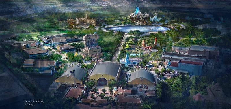 Imagem divulgada em 2018, com as duas novas lands de Frozen e Star Wars lá atrás, e a de Marvel no canto esquerdo