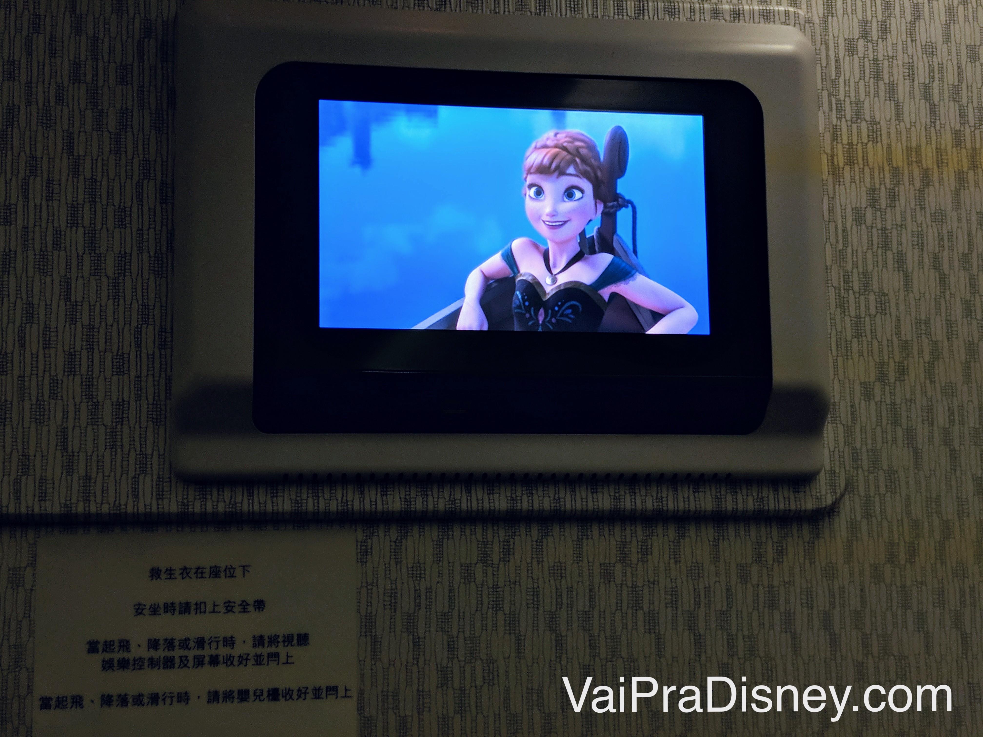 A comoção é coletiva quando tem Frozen na TV do avião.