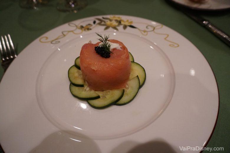 Foto do salmão do jantar do Tiana's Place no cruzeiro do Alaska