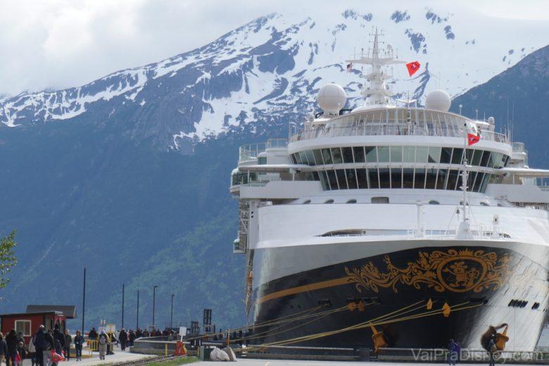 Foto do navio Disney Wonder em Skagway