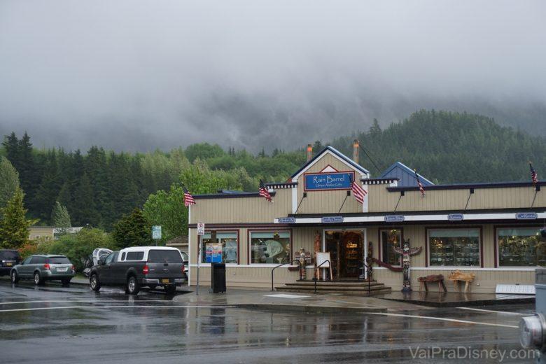 Muuuita chuva em Ketchikan! Essa foto já é de quando o tempo estava bem melhor. Antes não tinha nem como tirar fotos!