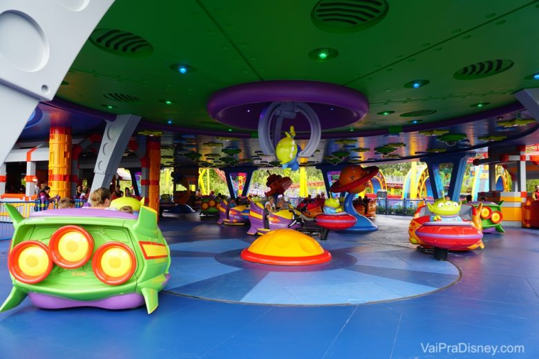 Foto da atração Alien Swirling Saucers na Toy Story Land