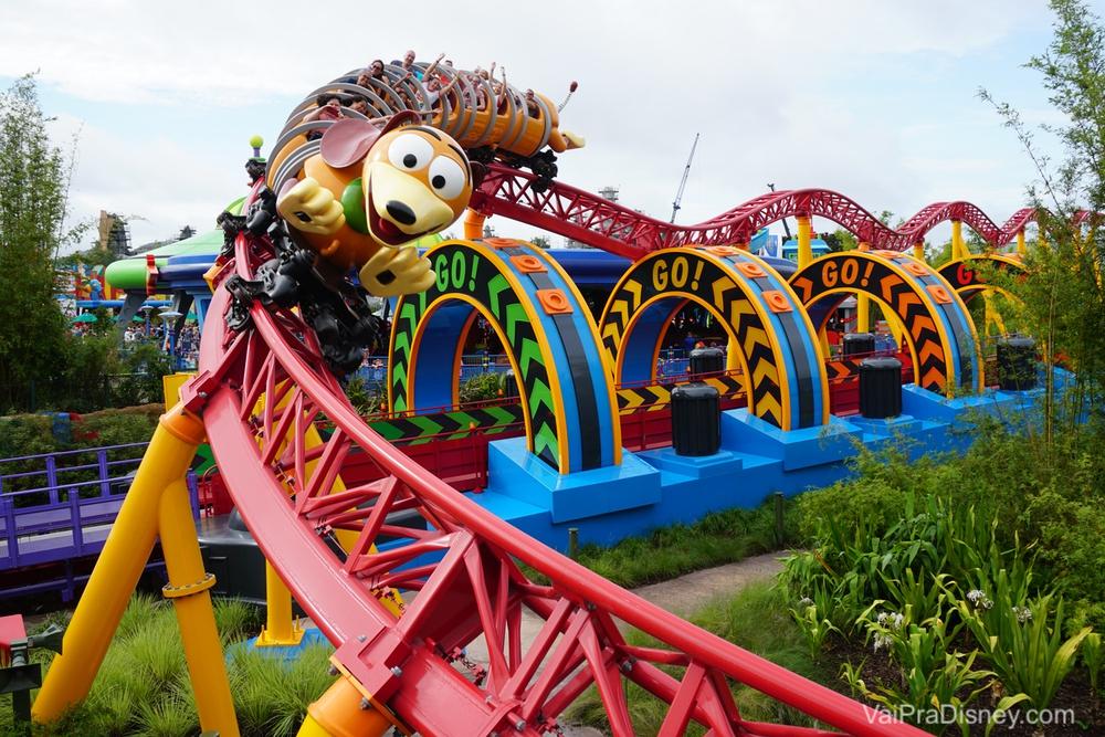 Slinky Dog Dash, a principal novidadeda Toy Story Land!