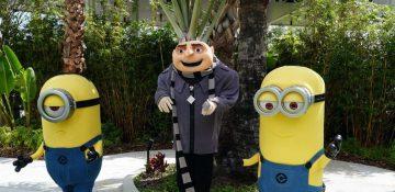 Foto do Gru e dos Minions durante o café da manhã com os personagens de Meu Malvado Favorito na Universal