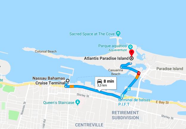 O terminal de cruzeiros fica no centrinho da cidade, e o Atlantis em uma ilha separada.