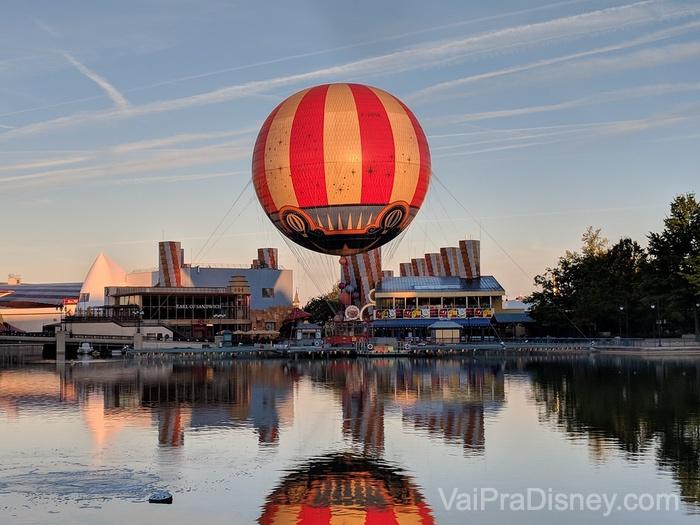 Alguém reconhece o balão de Disney Village? Parece muito com o antigo de Disney Springs, né?