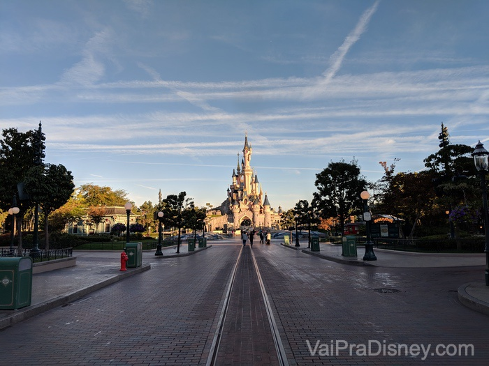 Eu madruguei e consegui essa foto com o parque quase vazio!
