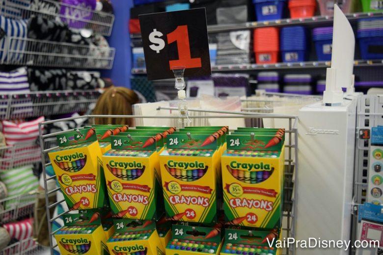 Outra coisa baratinha que faz sucesso. Mas prefiro comprar a versão de Crayola lavável no supermercado mesmo.