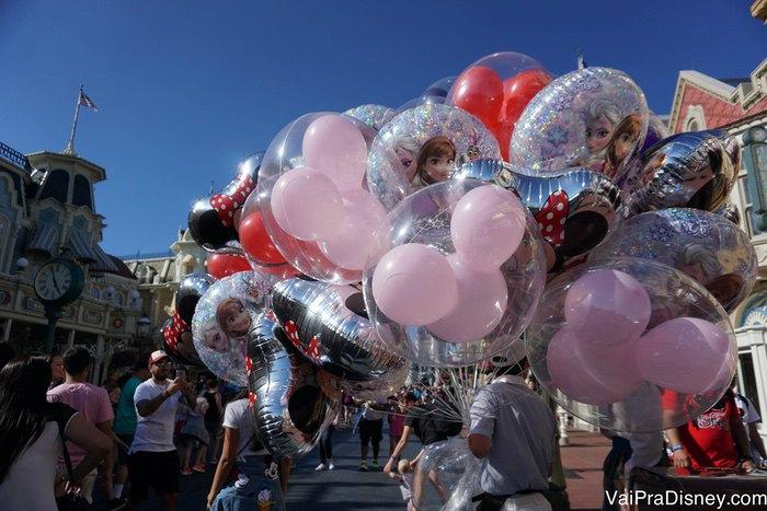 Os balões impressionam mais que muitas atrações, mas é assim mesmo.