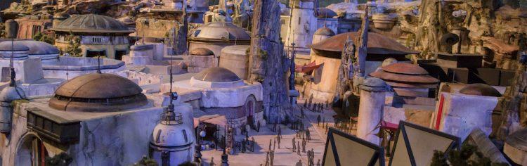 A gente já sabia que Star Wars ia chegar com o pé na porta causando em todos os cantos, né?