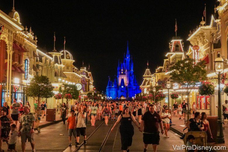 Em geral, as Extra Magic Hours noturnas afetam mais a lotação do parque durante o dia.