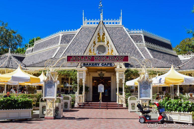Disneyland California - A Jolly Holiday Bakery é ótima para um lanchinho