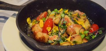 Foto do prato com o gnocchi trufado do Market to Table, restaurante em Winter Garden