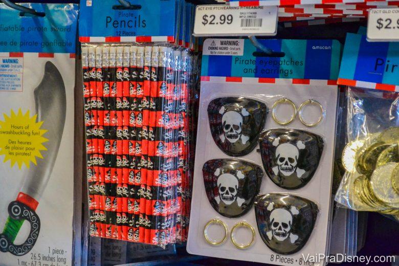 Foto das decorações e lembrancinhas do tema piratas na Party City