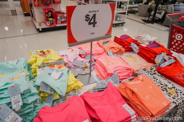 A parte de roupas de crianças e bebês tem bastante coisa legal!