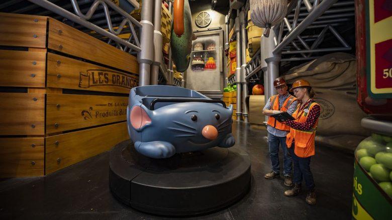 Prévia do carrinho da nova atração de Ratatouille. Foto: Disney. O carrinho tem a forma do ratinho Rémy.