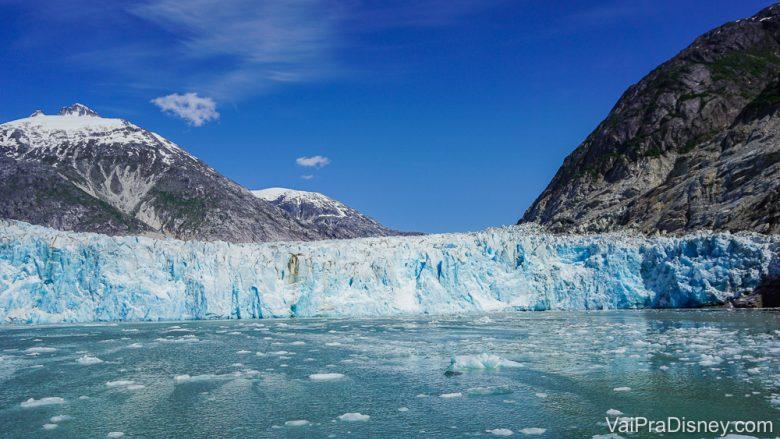 Foto da geleira no passeio em que a Bia foi sozinha no cruzeiro do Alaska