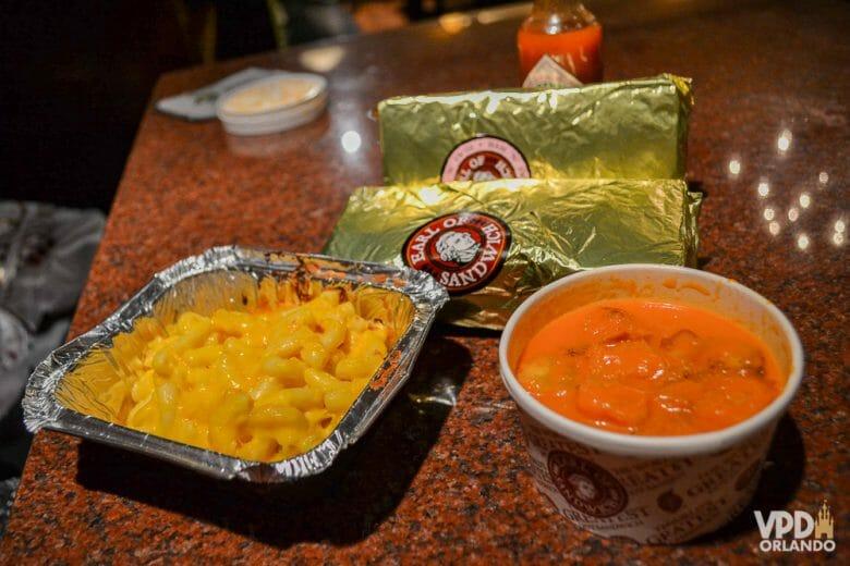 Sopa de tomate: bem melhor do que esse macarrão com queijo aí! hehe
