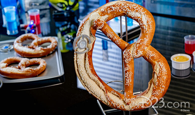 Foto dos pretzels que serão vendidos no Avengers Campus, no Pym Test Kitchen