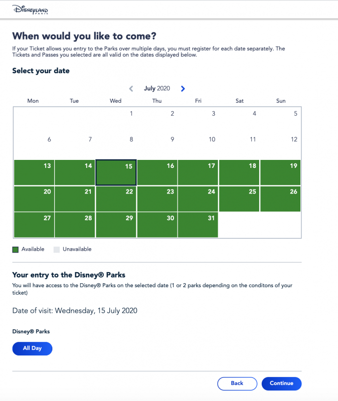 Foto da tela no site da Disneyland Paris mostrando o calendário com datas disponíveis para escolher