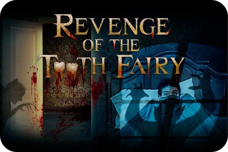 """Pôster de divulgação de uma das casas do terror da Universal, que se chamará Revenge of the Tooth Fairy. As duas letras """"o"""" do título são dentes sangrentos, e há sombras ameaçadoras no pôster."""