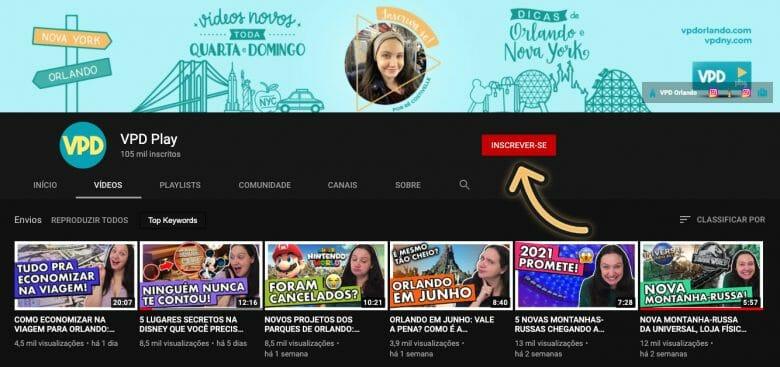 Imagem da página inicial do canal do VPD Orlando no YouTube com uma seta indicando o botão de inscrição.
